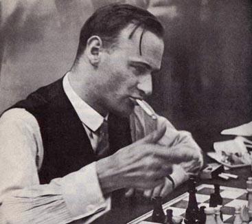 Friedrich Saemich smoking